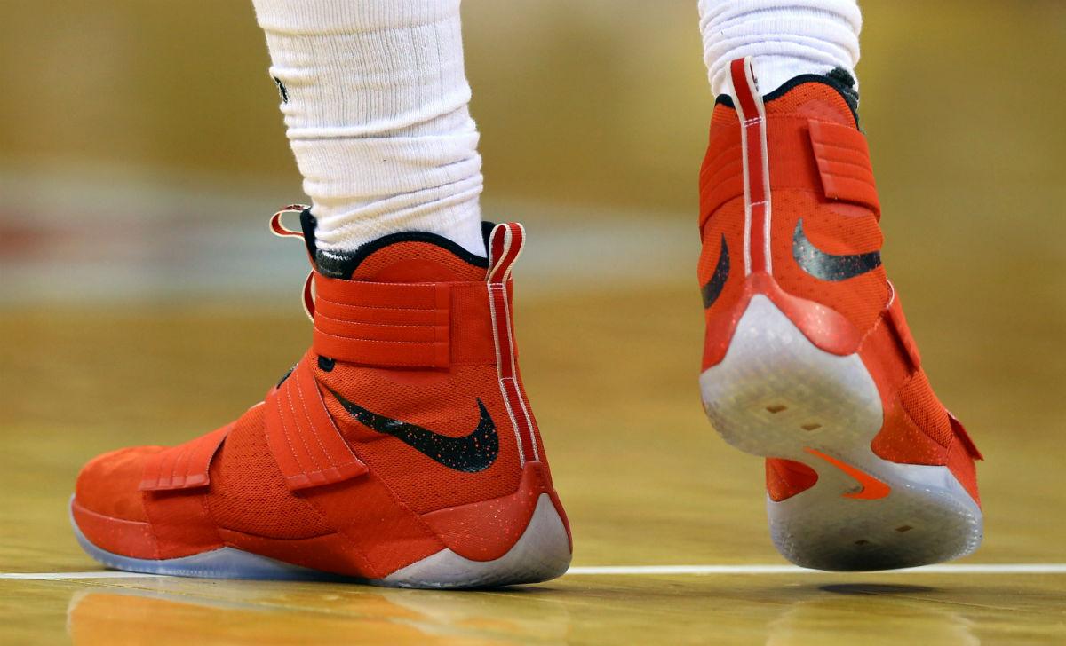 newest 16e9e f5050 LeBron James Wearing an Ohio State Nike LeBron Soldier 10 PE ...