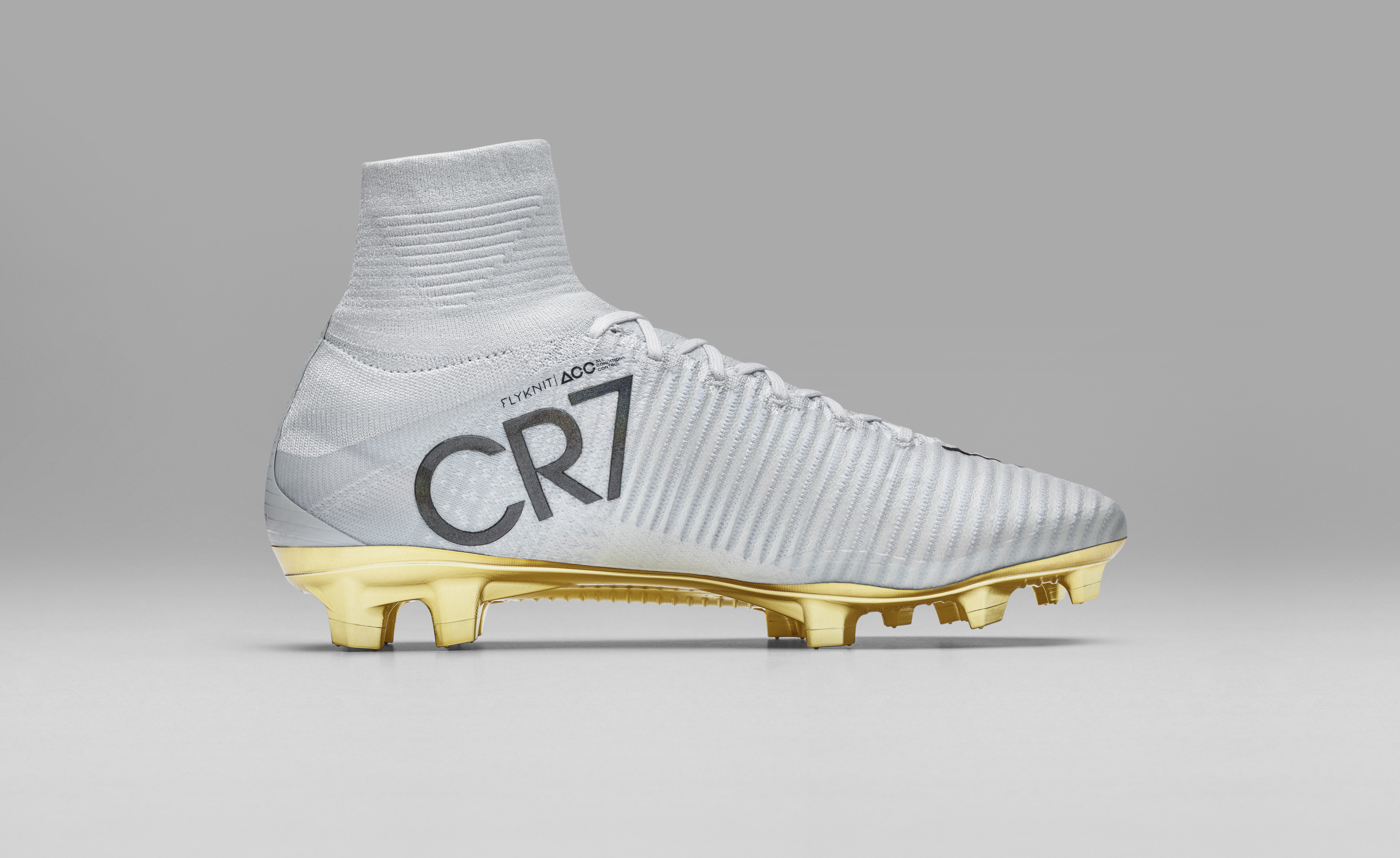Find High Quality Cr7 Mercurial Shoes Gold White