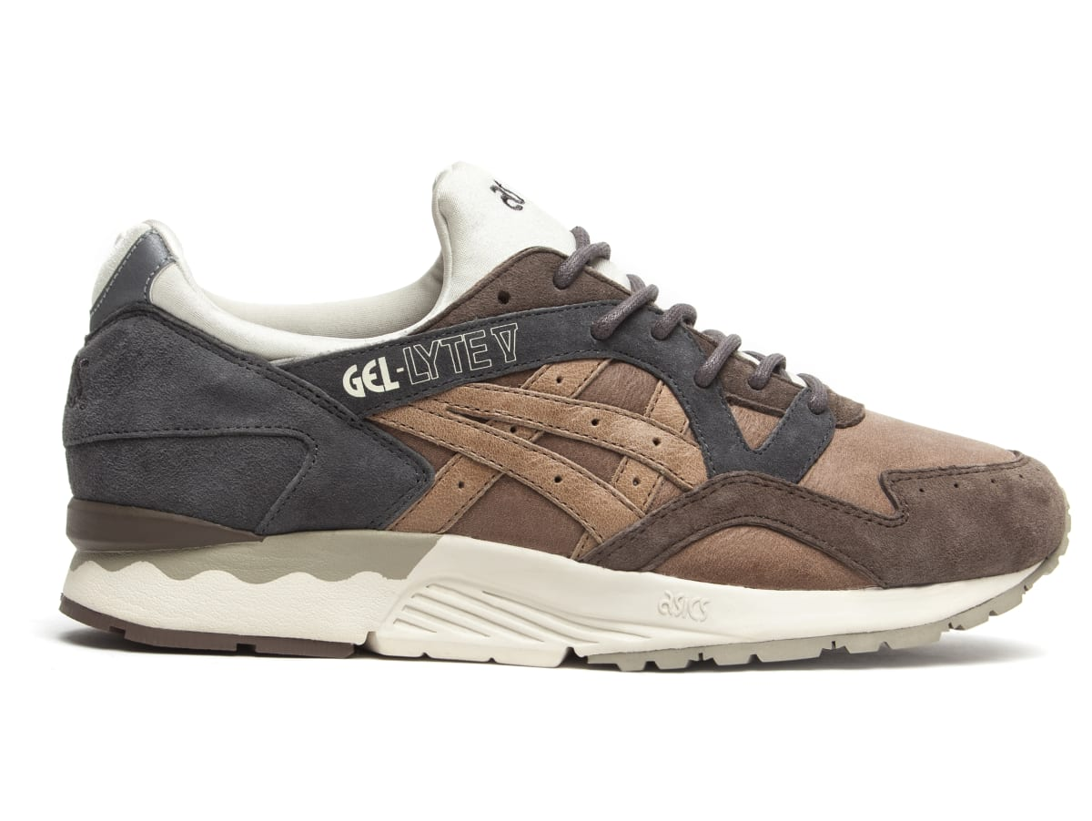 commonwealth x asics gel lyte v da vinci exclusive photos complex. Black Bedroom Furniture Sets. Home Design Ideas