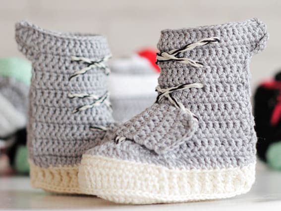 4009077bd3118 These Crochet Yeezy Boosts Are as Close as You ll Get to Owning a ...