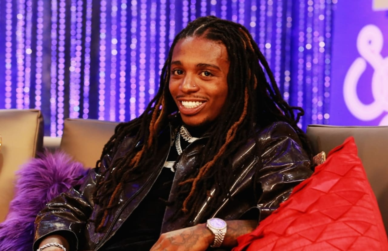 """Jacquees and Ella Mai Remain Friends After """"Trip"""" Remix Incident"""