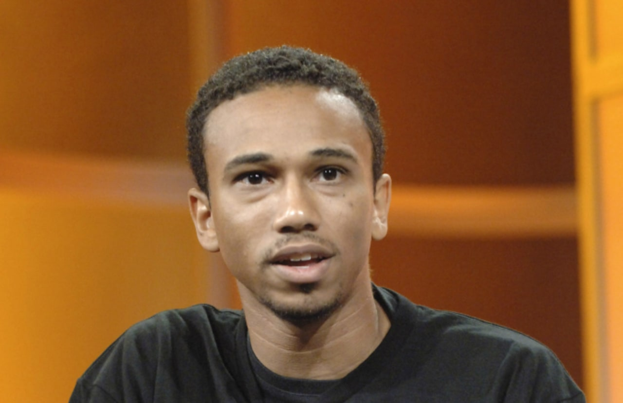 The 46-year old son of father (?) and mother(?) Aaron McGruder in 2021 photo. Aaron McGruder earned a  million dollar salary - leaving the net worth at  million in 2021
