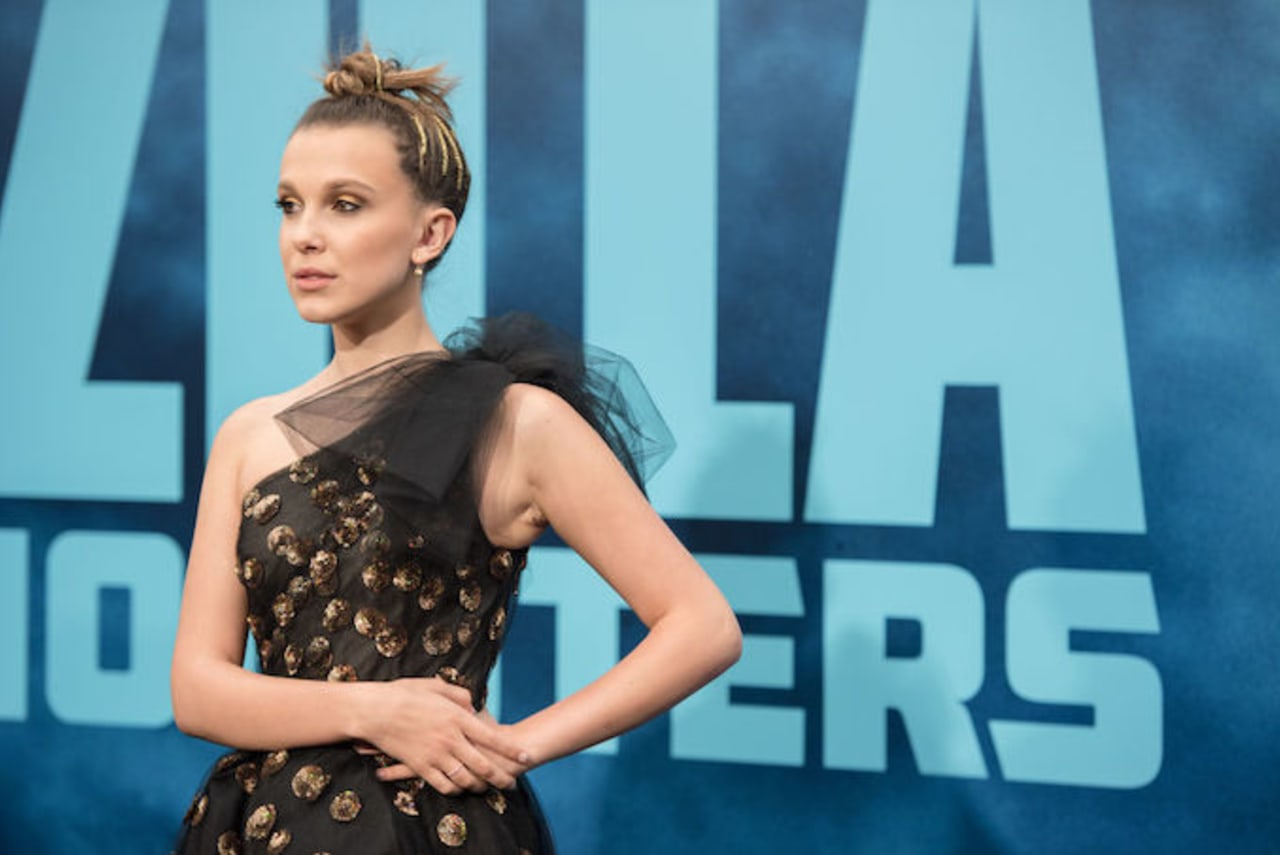 Millie Bobby Brown Impersonates Amy Winehouse and Jon Snow, Does Karaoke on  'Fallon'