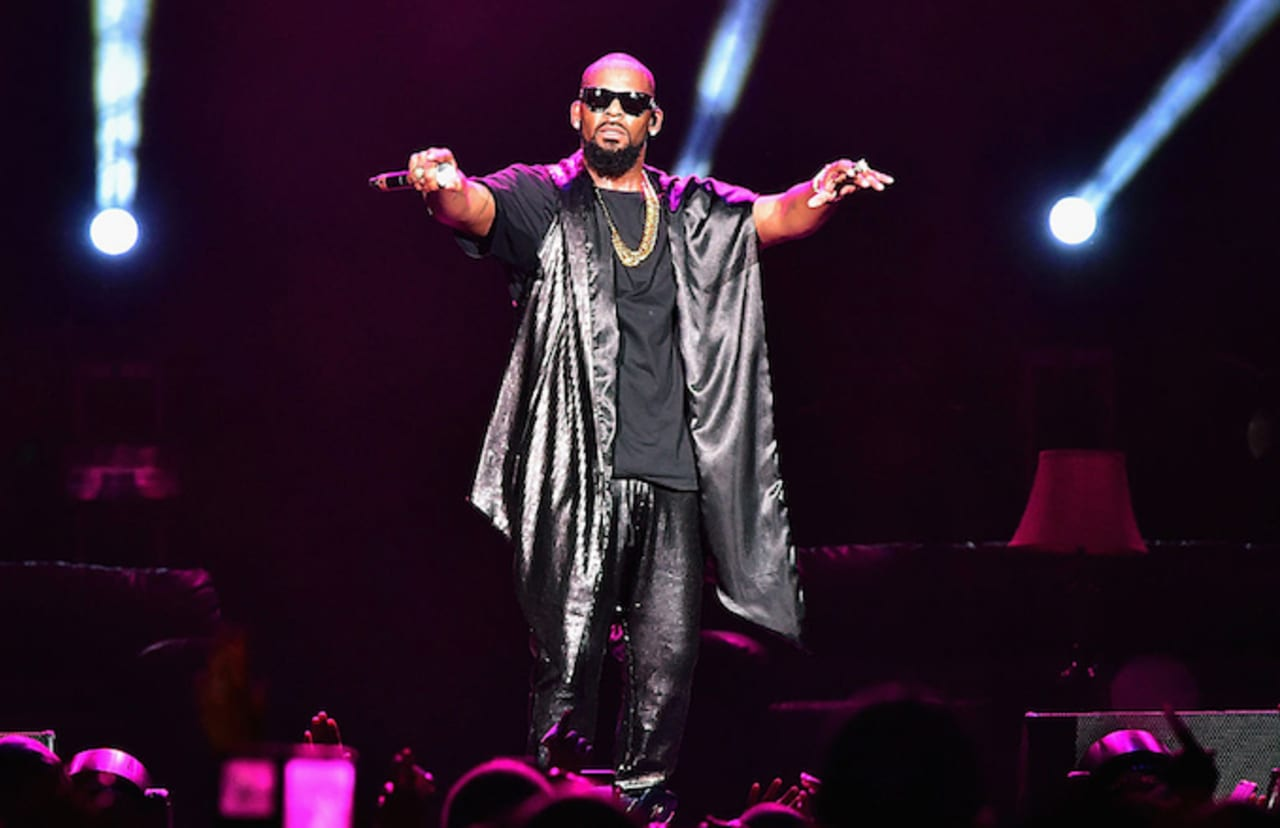 Jocelyn Savage's Mother on R  Kelly Cult Claims: 'He Doesn't Let Them Get  Away'