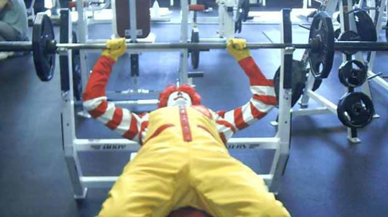 10 Things Only Idiots Do At the Gym   Complex