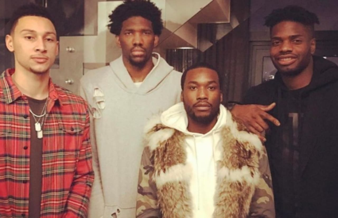super popular 5fc45 4b6ca Joel Embiid Claps Back at Mia Khalifa for Taking Shot at Photo of 76ers  Players With Meek Mill
