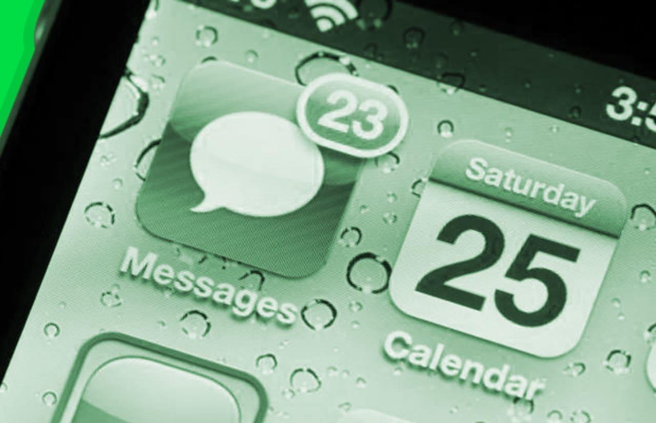17 Texts You Should Never Send a Woman | Complex