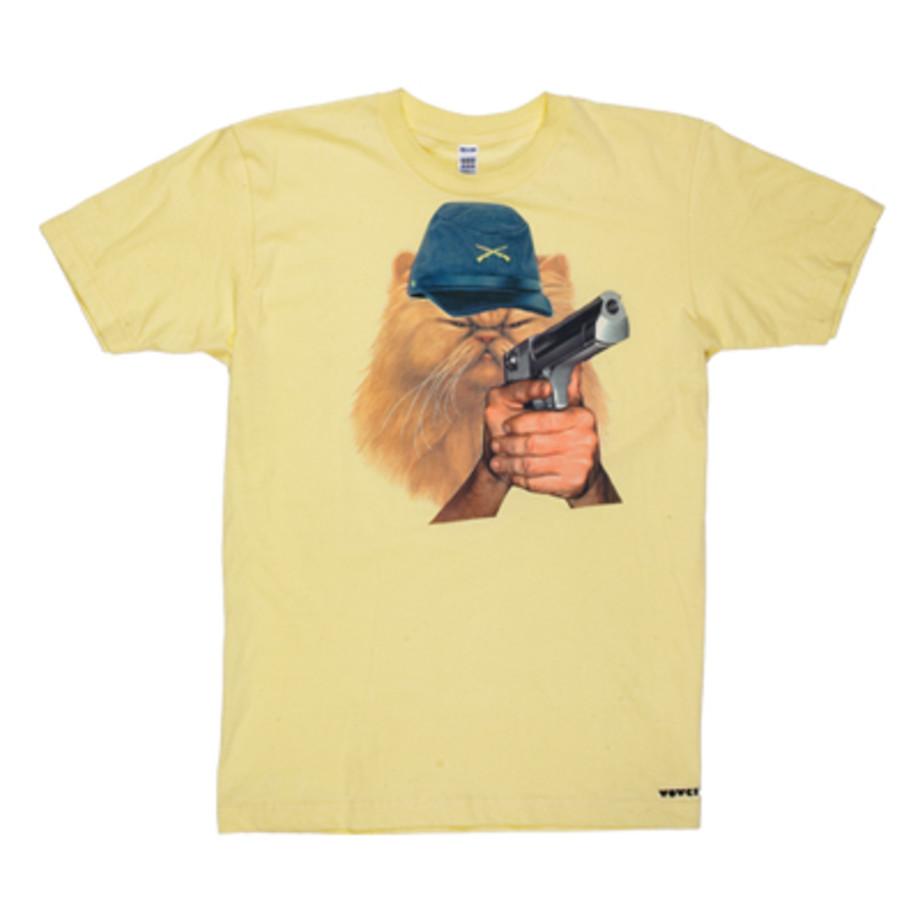GUNS DON/'T KILL PEOPLE Fun Themed Men/'s T-Shirt and Mug Set Dads Daughters