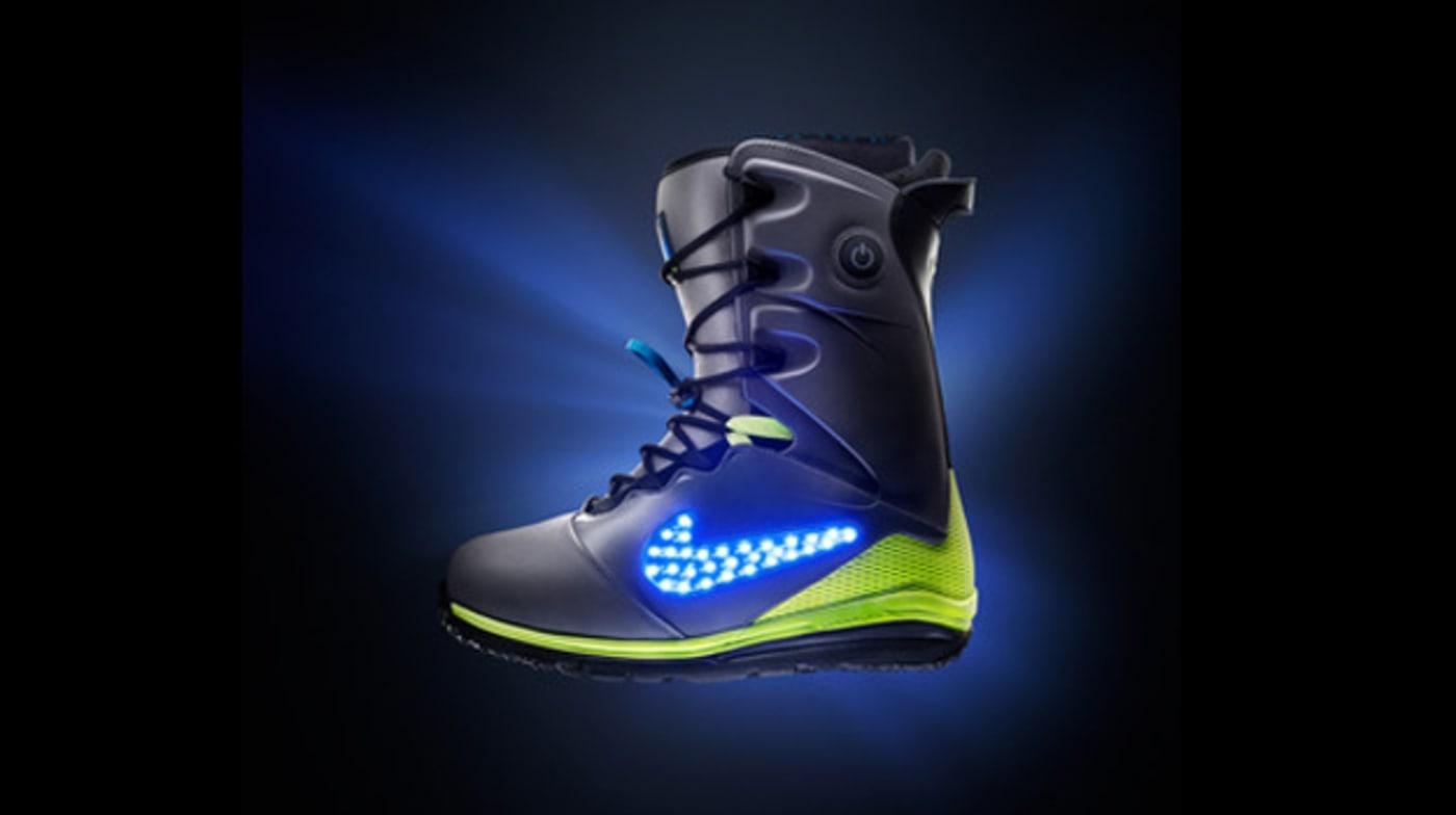 Nike Lunarendor QS 2