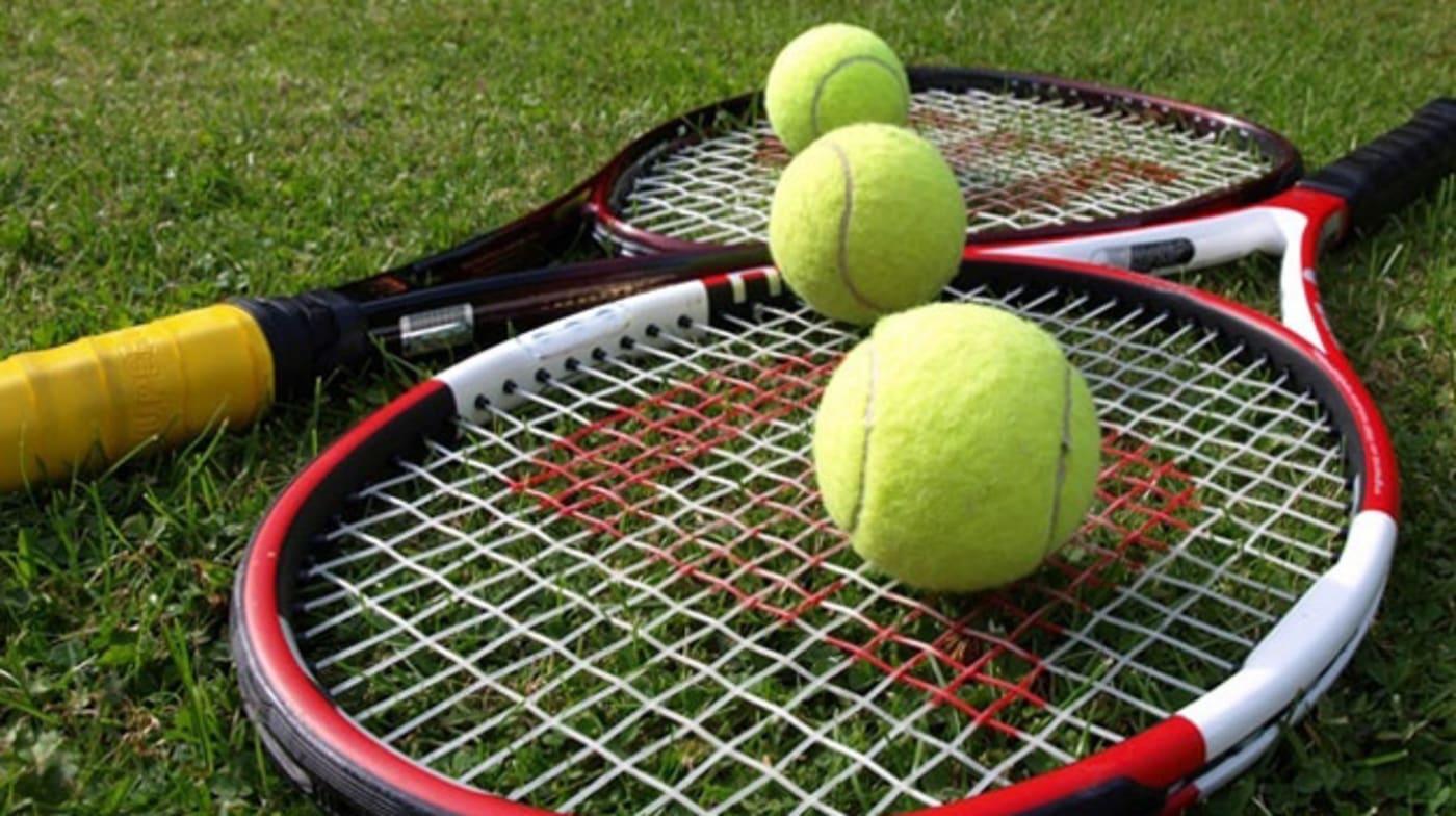 xl Tennis racquets 624