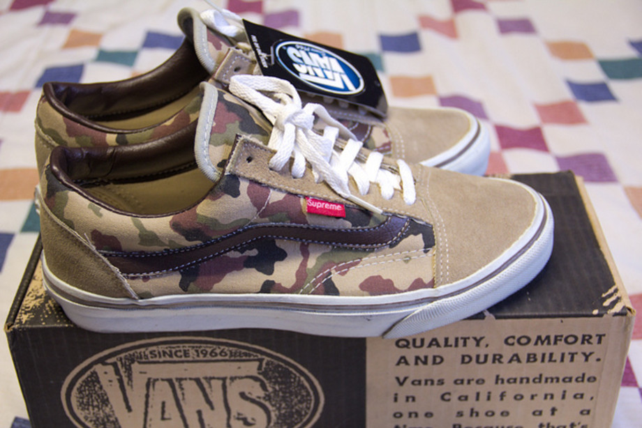 Supreme's First Ever Sneaker Collaboration Kompleks  Complex