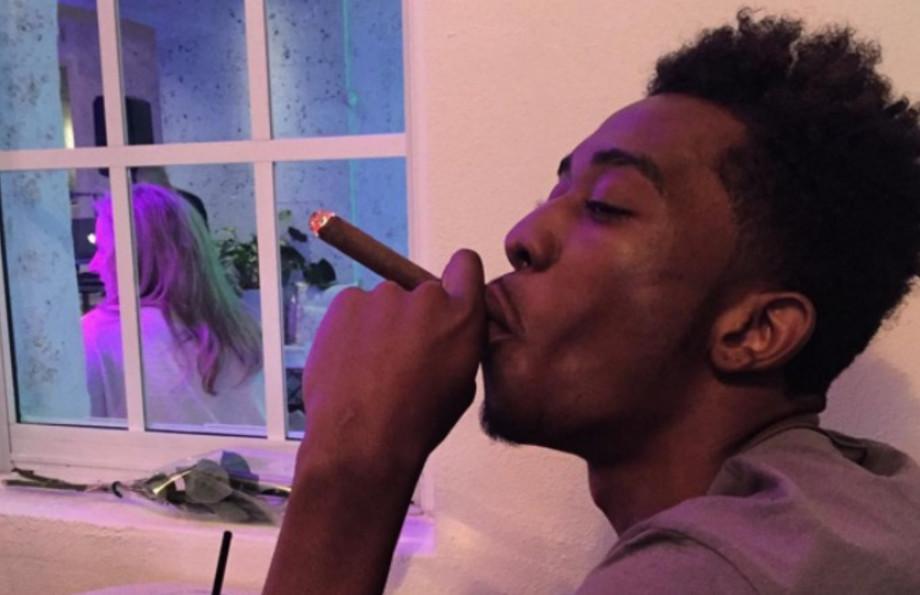desiigner-instagram-selfie-cigar
