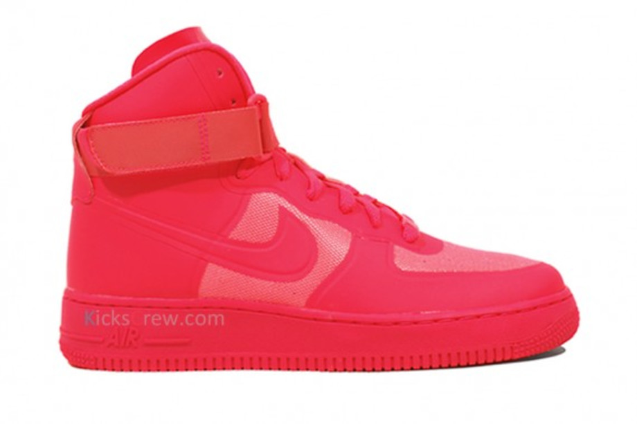 Nike Air Force 1 High Hyperfuse Solar Red