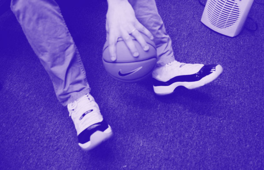 10 Sneakers Worn In the Complex Office This Week Kompleks  Complex