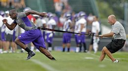 Adrian_peterson_workout