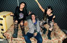 krewella-couch