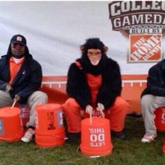 a report on the apology of home depot after a racist tweet Home depot was under fire thursday for sending out a racist tweet that  almost  immediately following the post, which was reposted by twitter user @ imfromraleigh, the atlanta-based home improvement retailer issued a public  apology,  college gameday, a weekly football show that reports and makes.