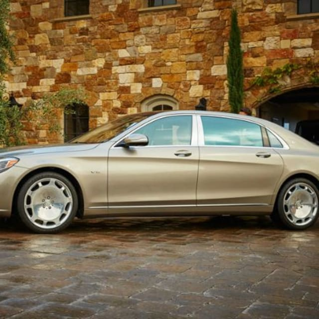 the mercedes maybach s600 is awesome if you can pay the. Black Bedroom Furniture Sets. Home Design Ideas