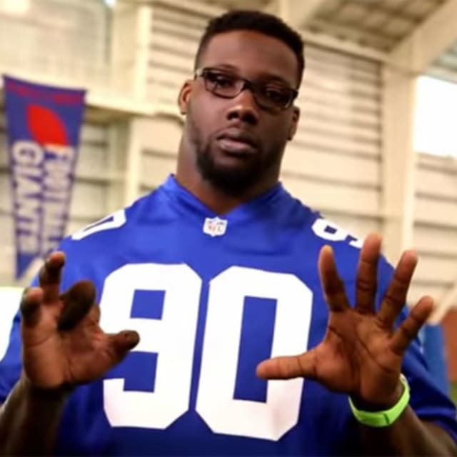 Jason Pierre-Paul Shows Off Mangled Hand In Fireworks PSA