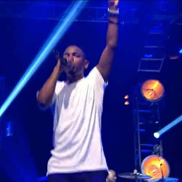 Watch Kendrick Lamar Perform Swimming Pools Drank At Bbc Radio 1 S Big Weekend 2013 Festival