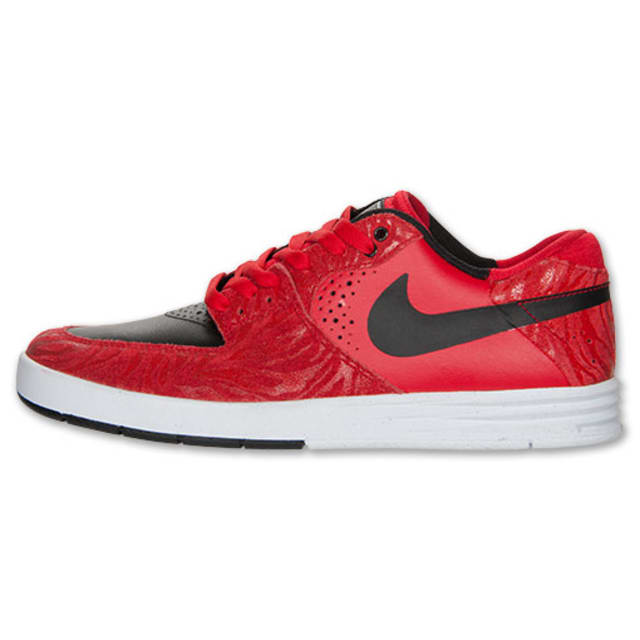 Nike casual shoes black and red