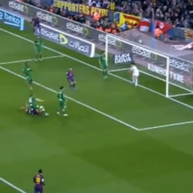 Video Watch Luis Suarez Score Goal Off Beautiful Jordi: Take 10 Seconds Out Of Your Day And Check Out This Luis
