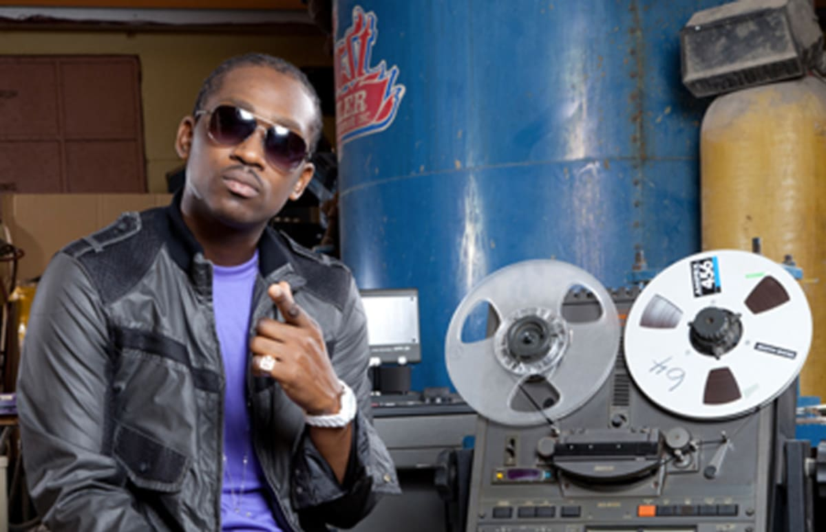 busy signal hair styles premiere busy signal quot kingston town quot complex 4916