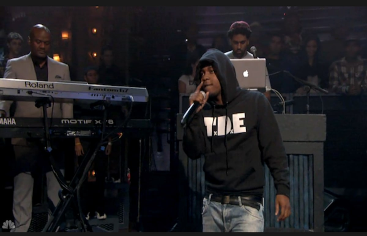 Video Kendrick Lamar Performs Swimming Pools Drank On Late Night With Jimmy Fallon Complex