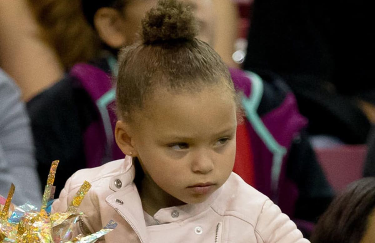 29 Year Old Man Named Riley Curry Proves How Horrible It