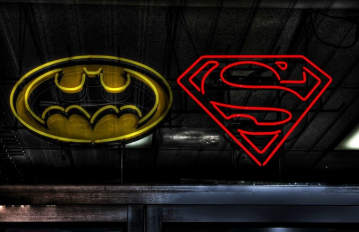 Superman Threatens Batman In New 'Dawn of Justice' Trailer