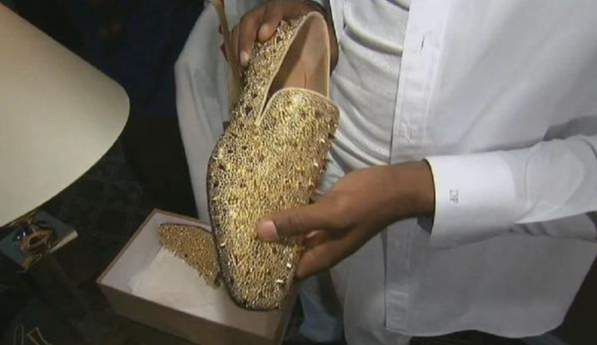 Dante Fowler Jr. Will Rock These Gold Shoes to the 2015 NFL Draft