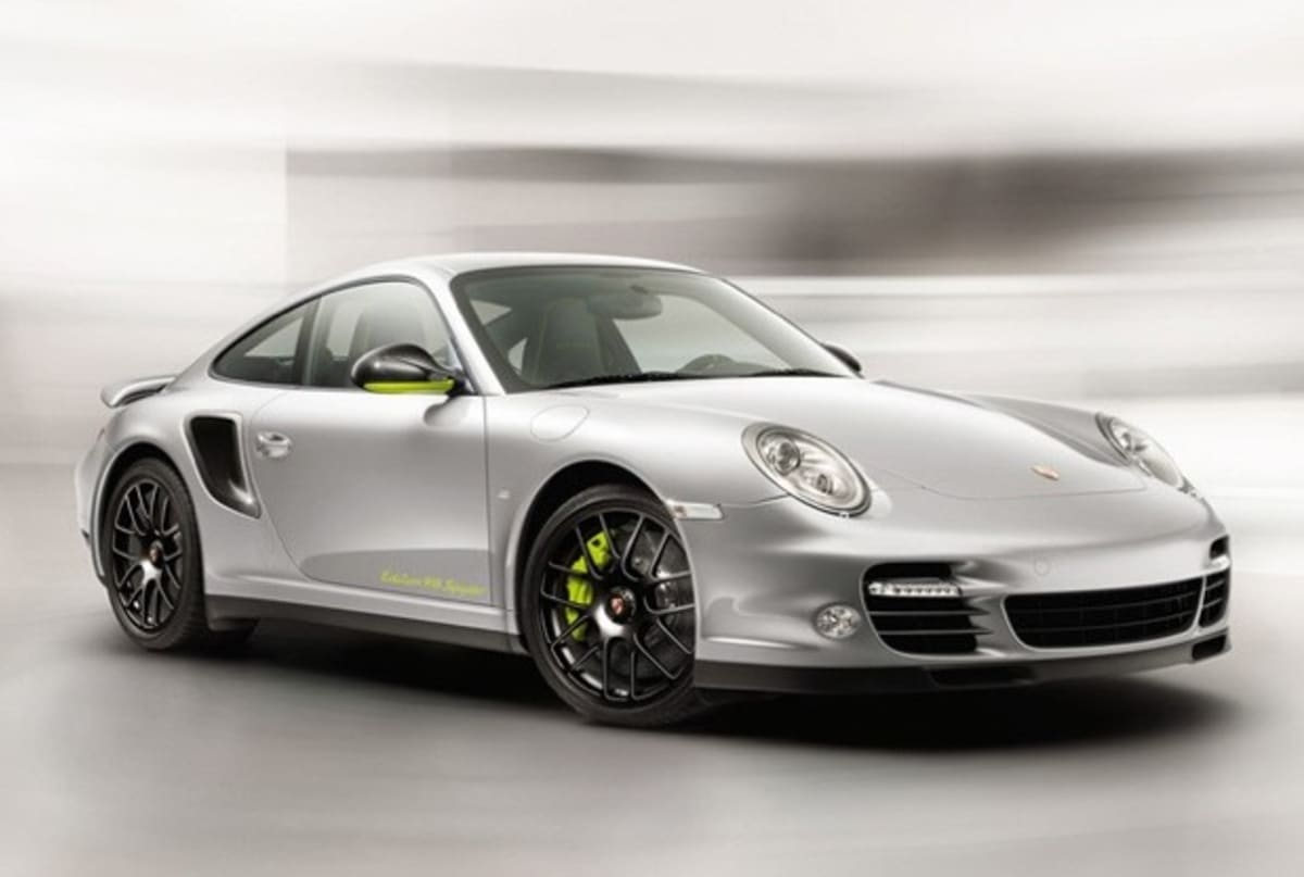 porsche offers 918 spyder buyers special edition 911 turbo. Black Bedroom Furniture Sets. Home Design Ideas