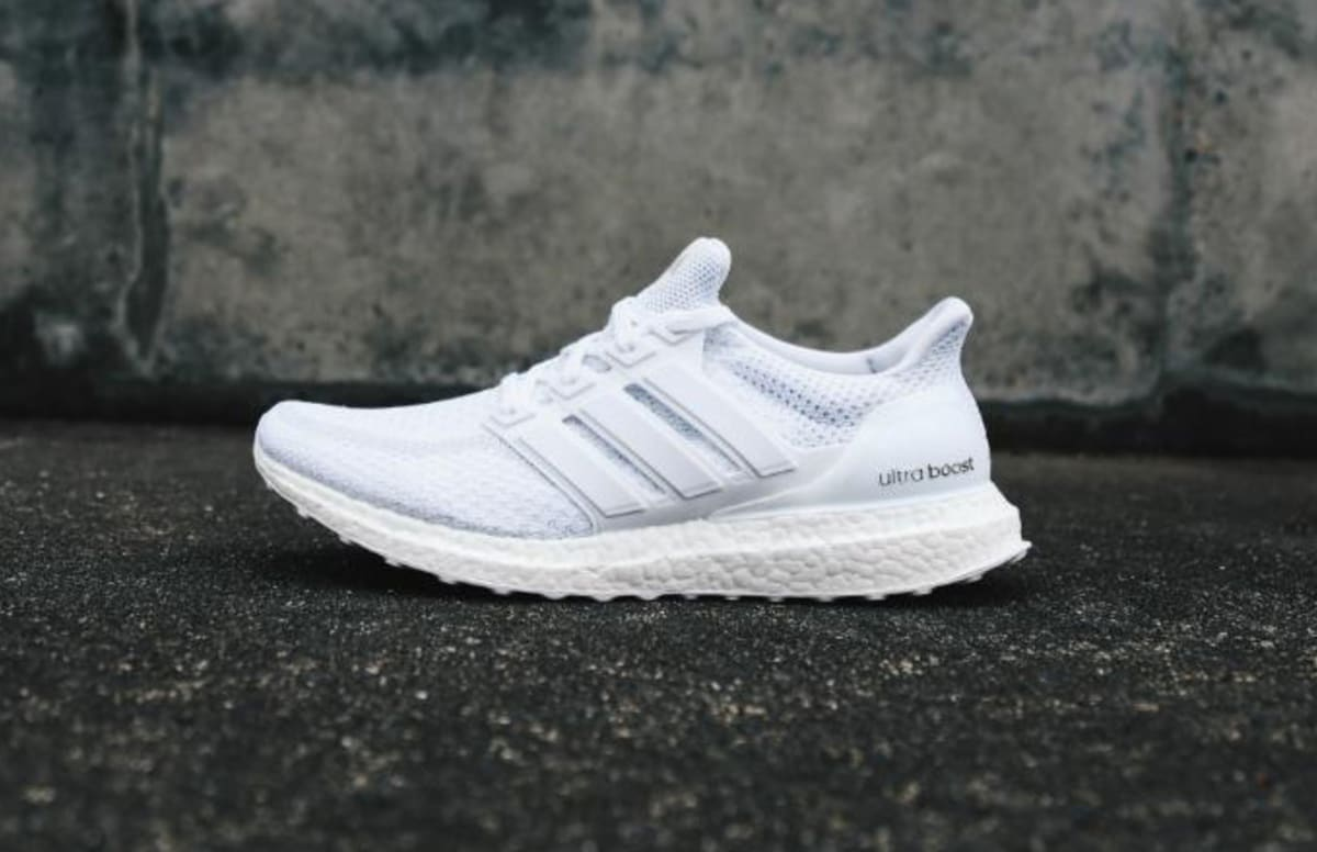 adidas ultra boost triple white 2016 release complex. Black Bedroom Furniture Sets. Home Design Ideas