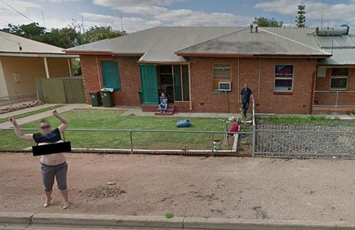 Port Pirie woman flashes Google camera car - ABC News
