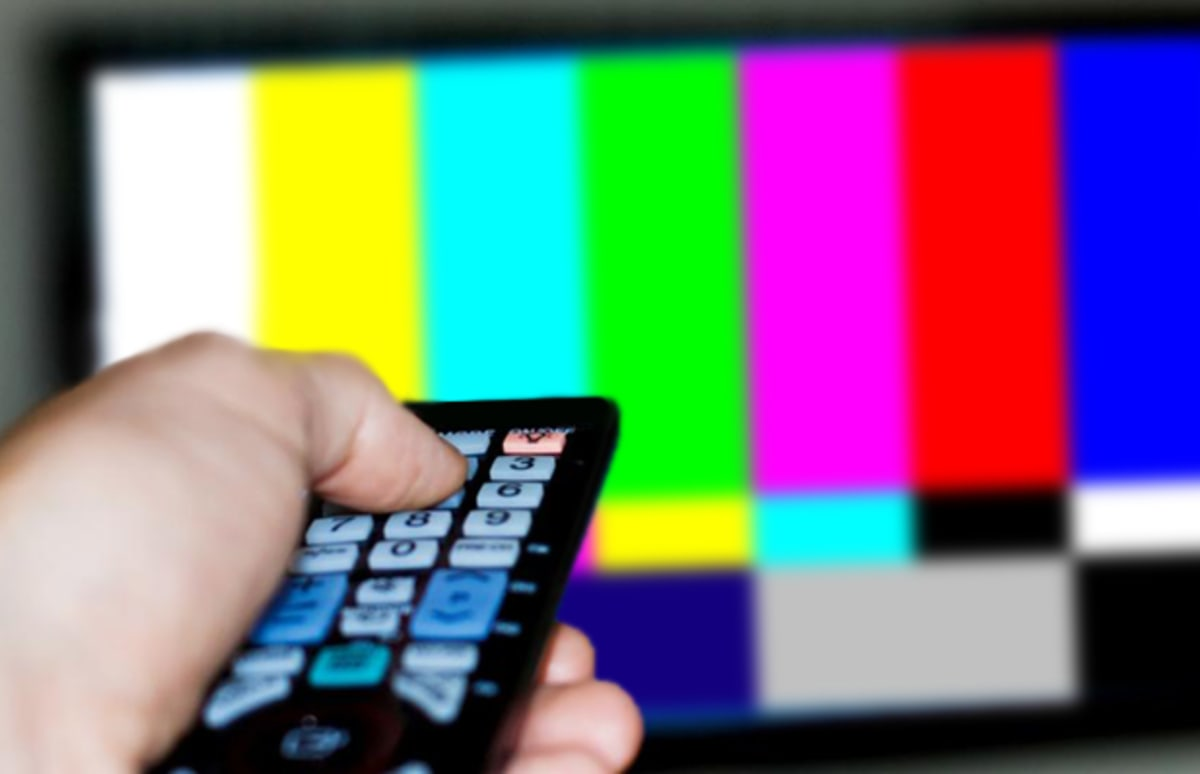 tv no cable. a guide to watching what you want on tv without paying for cable | complex tv no