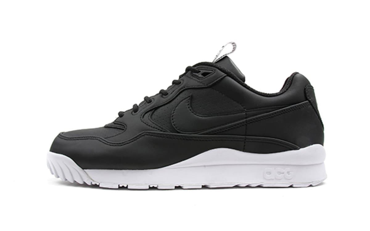 8fbe29f08422 Nike Air Max 90 Leather Gum Bottom Women Jordan Hydro 2 White