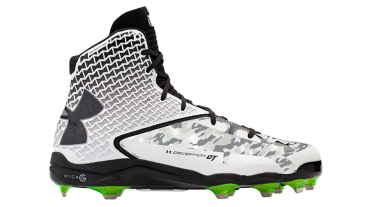 under armour brings clutchfit technology to baseball cleats complex