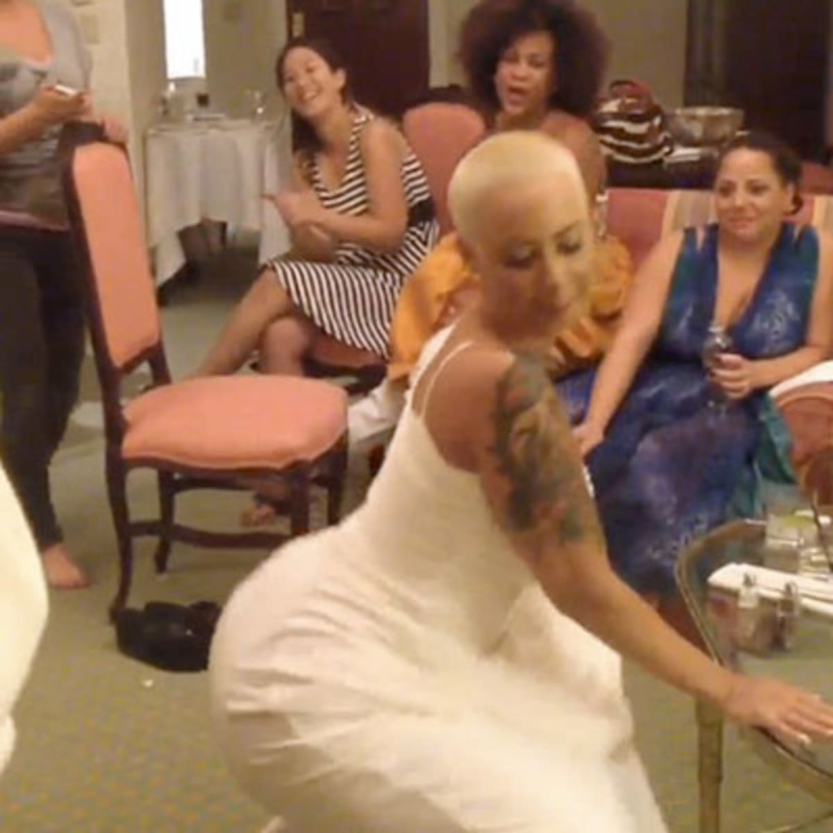 Amber rose wedding dress twerk ameman 9