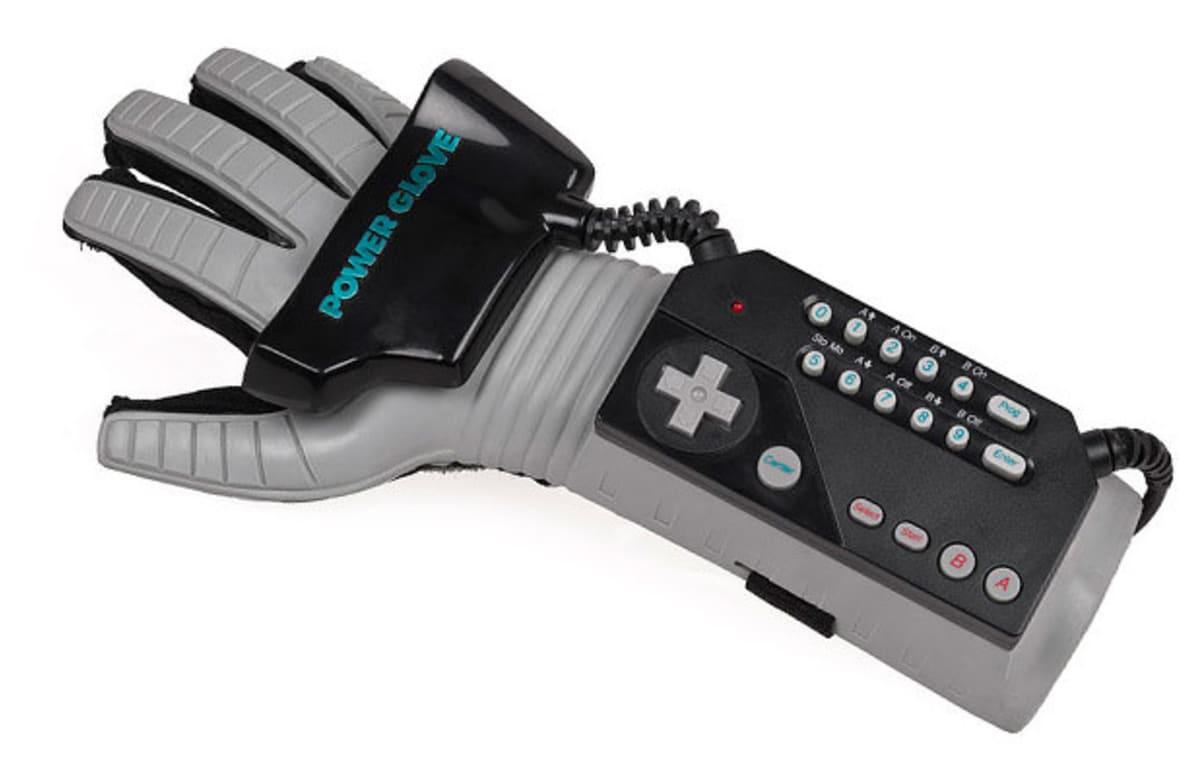 Nintendo Power Glove | HiConsumption