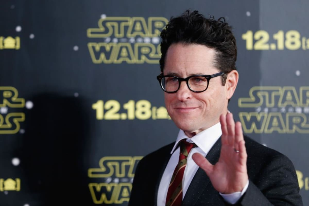 J.J. Abrams Wants Everyone to Stop Hating on 'Star Wars: The Force Awakens'