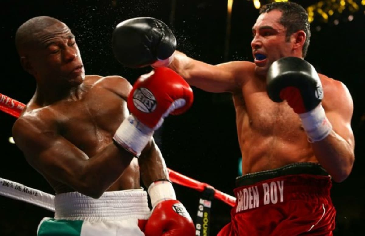oscar de la hoya says he might    box    again  seems to take a  oscar de la hoya says he might    box    again  seems to take a