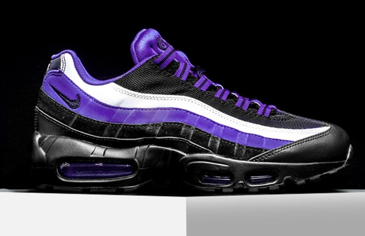 Nike Shoes Black Colour