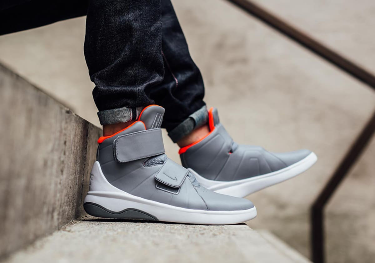 Nike Is Still Copying Kanye West s Air Yeezy Colorways for New Sneakers e427c143a