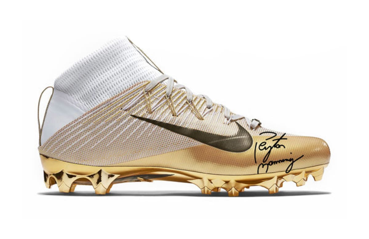 """You Can Buy These Nike """"SB50"""" Cleats Signed by Peyton ..."""