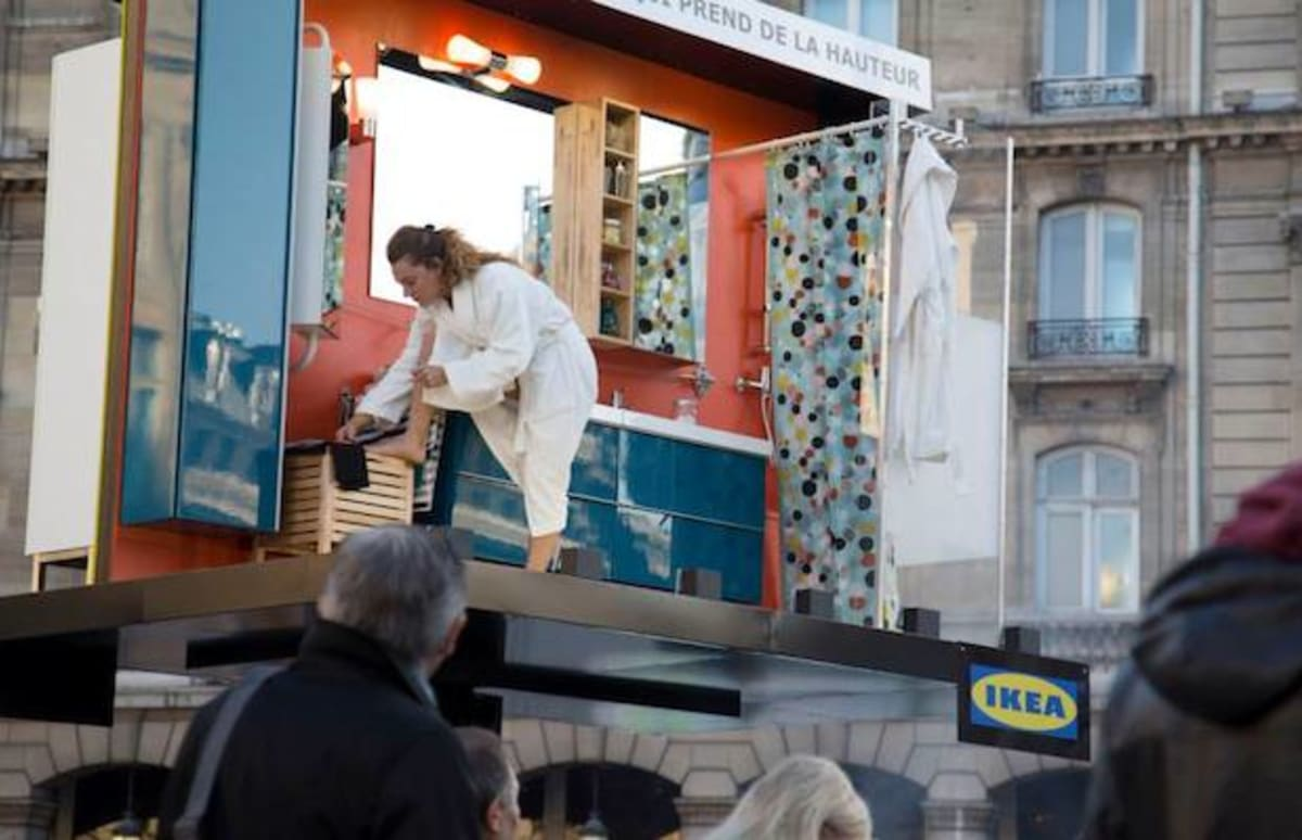 ikea 39 s displays become functional billboard installations with live bathing models complex. Black Bedroom Furniture Sets. Home Design Ideas