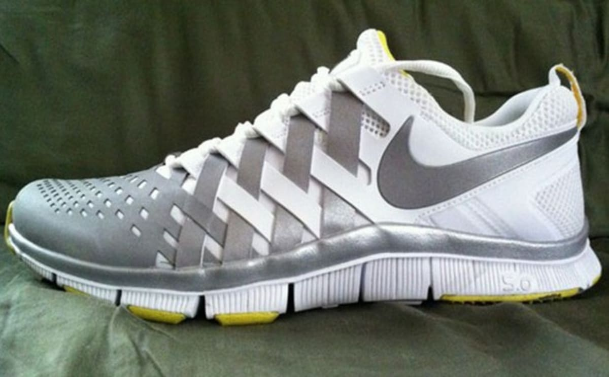 1689edfda10 Rep Your College W  The Nike Free Trainer 5.0 V6  week SAVE · Nike Free  Trainer 5.0