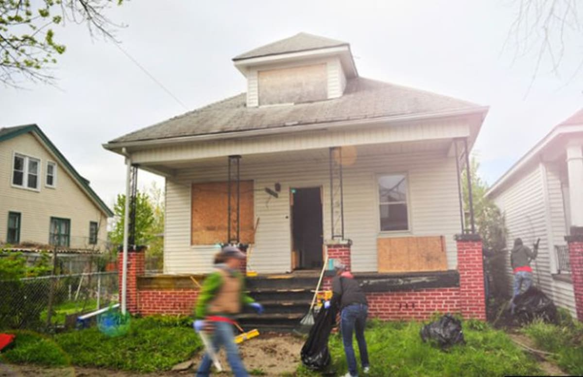 Are You a Writer Looking for Somewhere Cheap to Live? How About a Free House in Detroit?