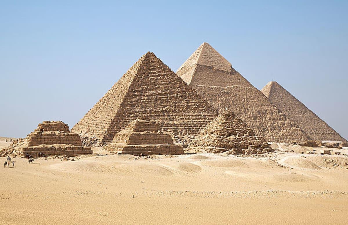 Pornstar Instagram Pics Inspire More Pyramids Rumors  Complex-9331