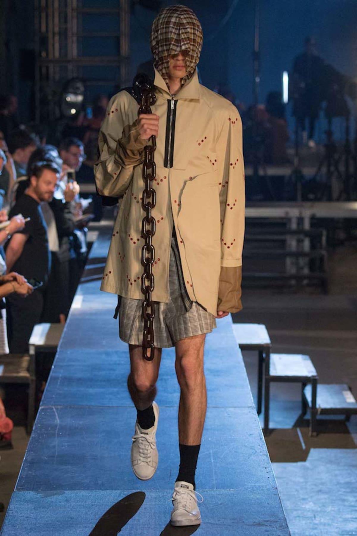 Raf Simons Spring 2016 Collection Paris Fashion Week Complex