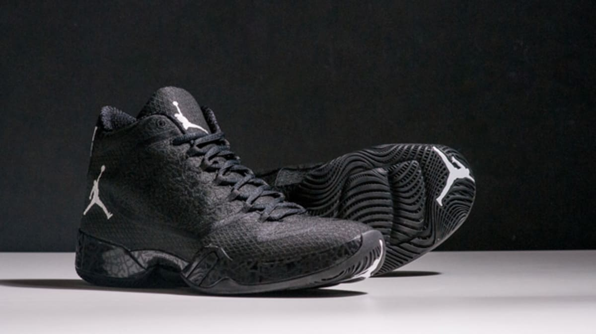 7147acd7fa5592 real the air jordan xx9 gets a blackout colorway complex 82f25 c87e4